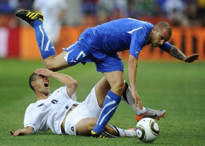 Смешные фото приколы футбол этот