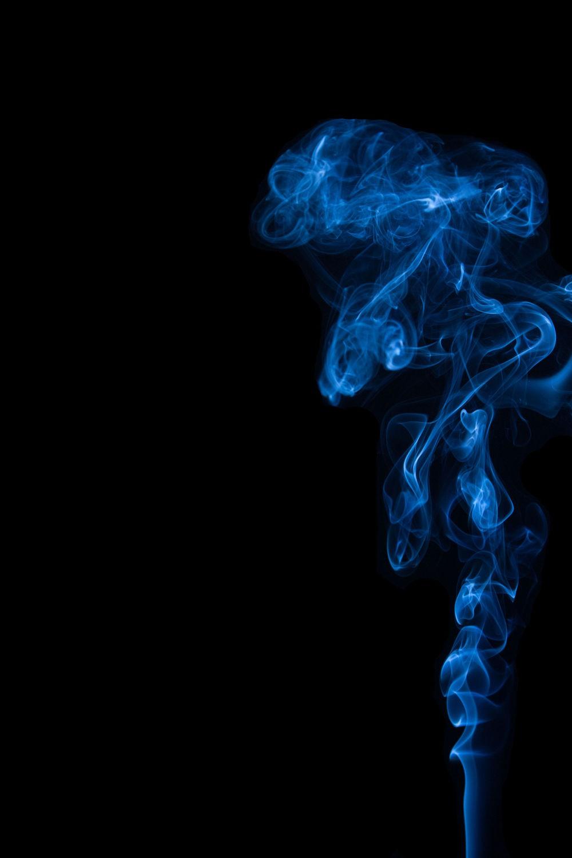 Дым на черном фоне картинки