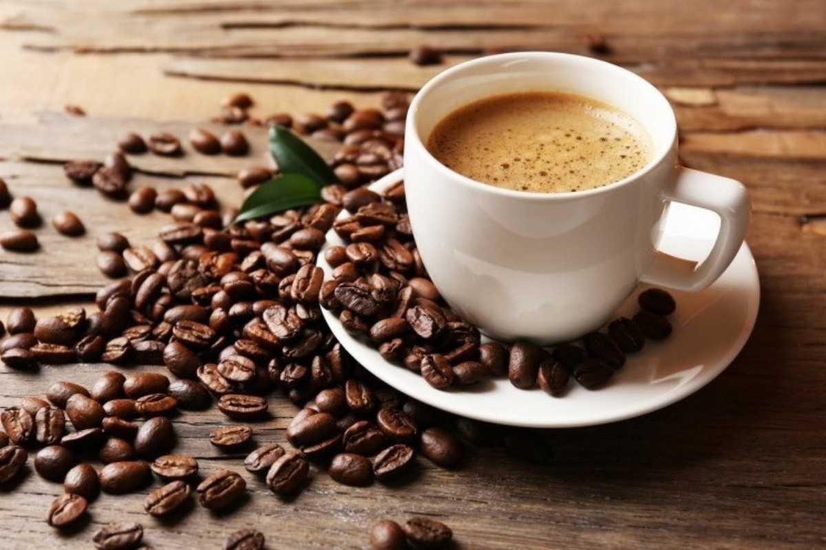 чашка кофе в барбершопе