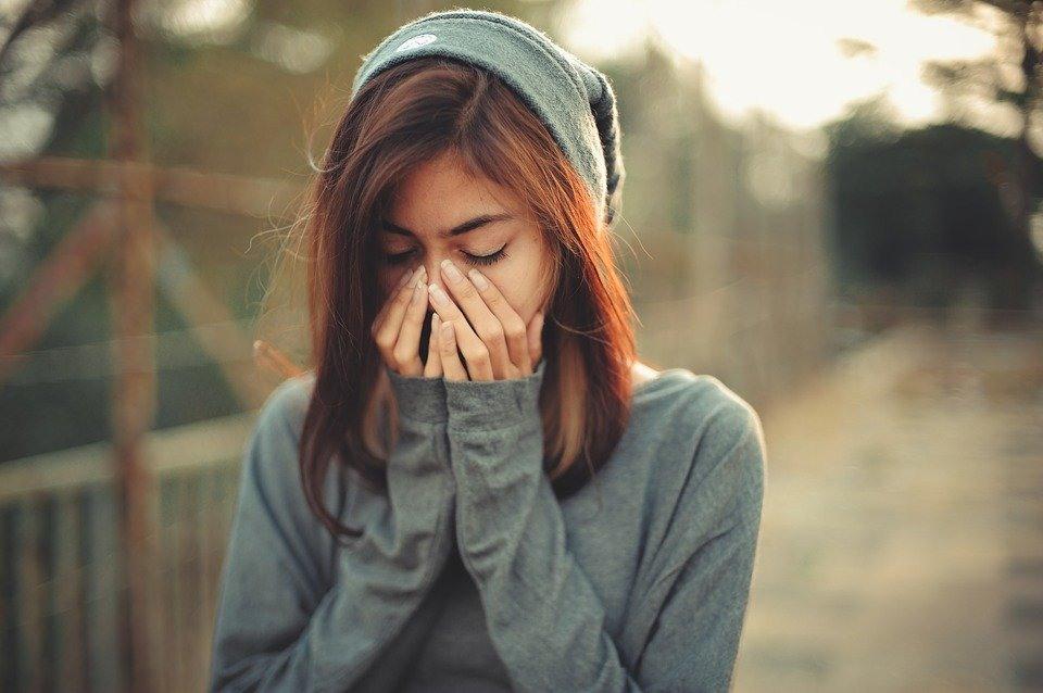 Картинки девушки плохое настроение
