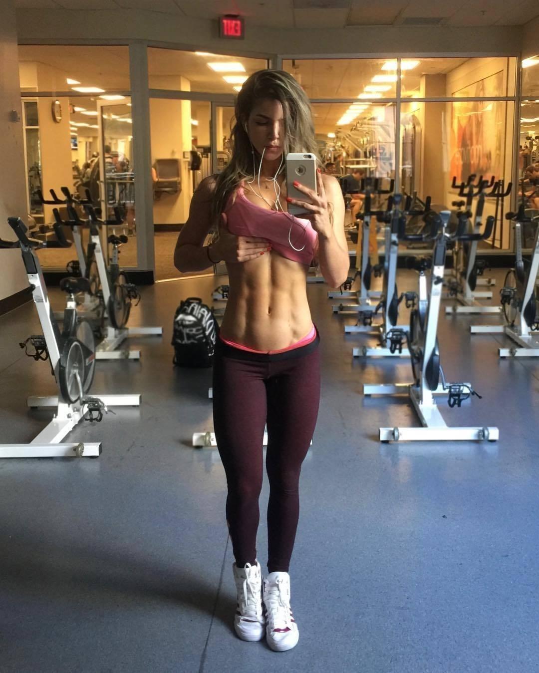 Фитнес работа девушек андрей уткин